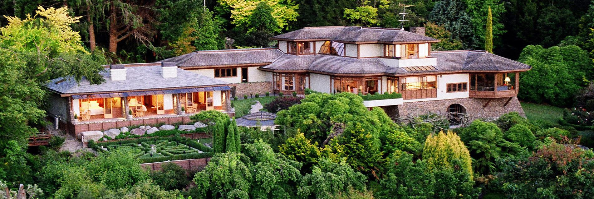 Home luxury lodges of new zealand experience new for New zealand mansions for sale