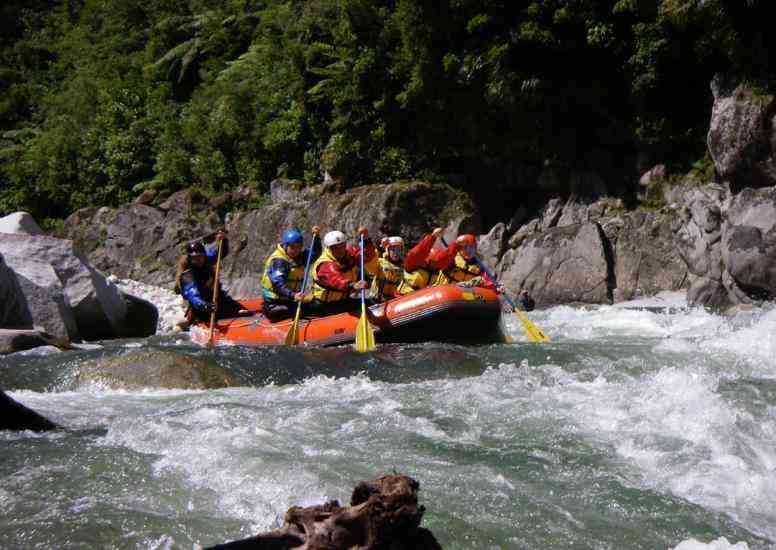 white water rafting lr